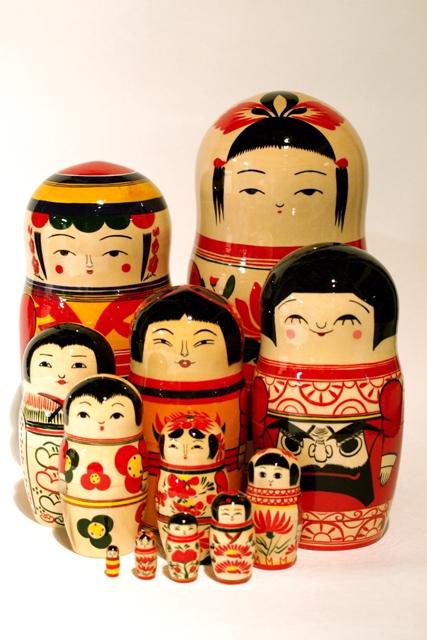 http://www.kameimuseum.or.jp/topics/2011/01/12/P5021345.jpg